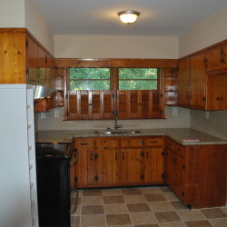 Willowdale kitchen before